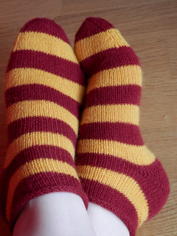 #113 01 gryffindor socks