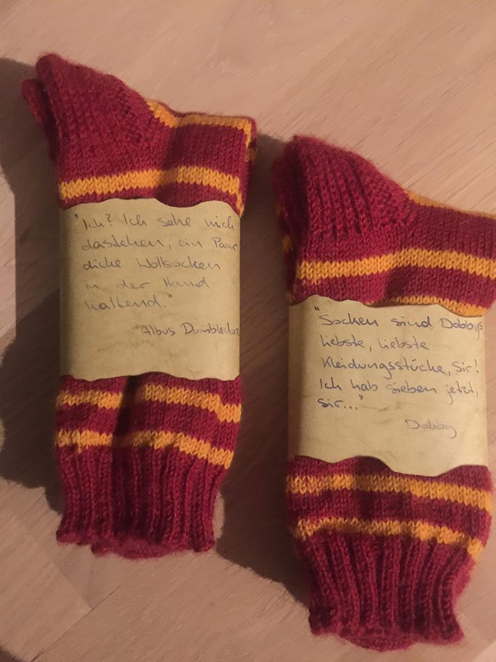 #155 gryffindor socks